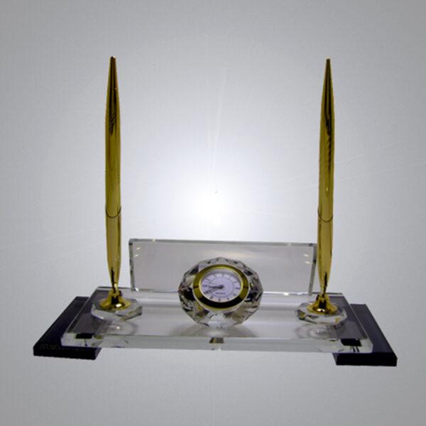 Kristal Masa İsimliği-M-107 1