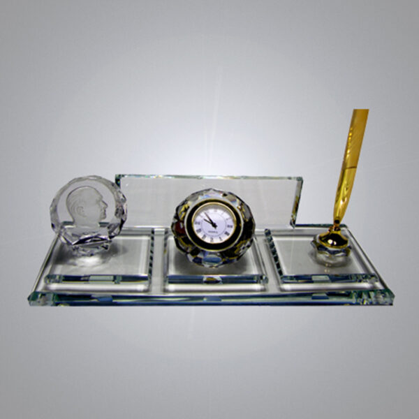 Kristal Masa İsimliği-M-110 1