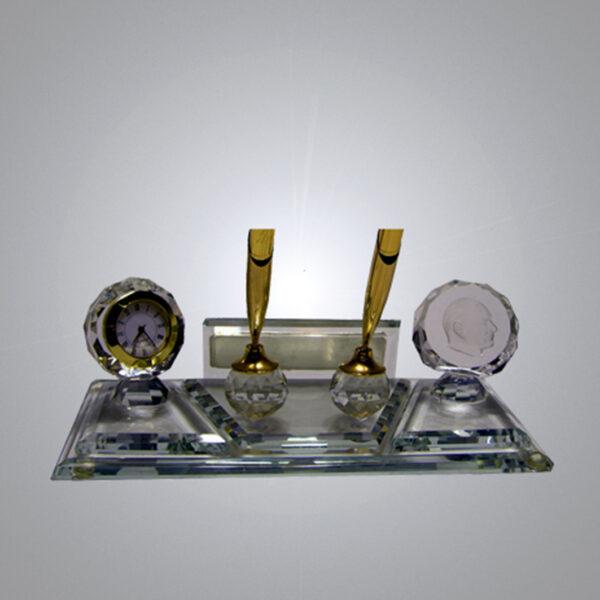 Kristal Masa İsimliği-M-113 1