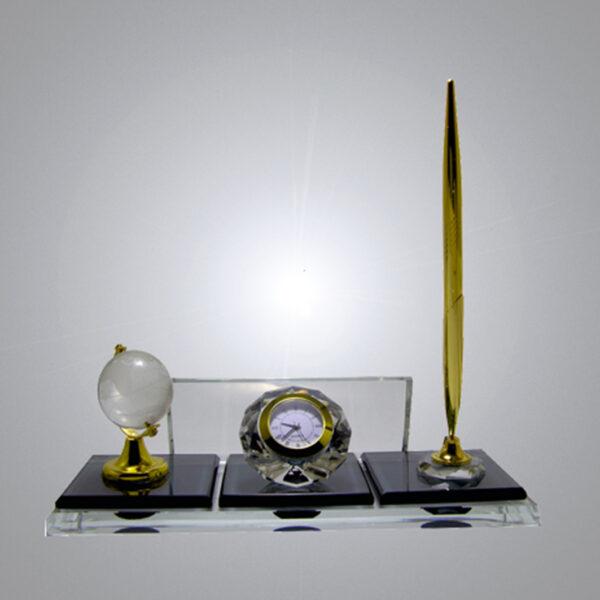 Kristal Masa İsimliği-M-114 1