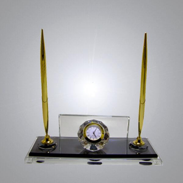 Kristal Masa İsimliği-M-115 1