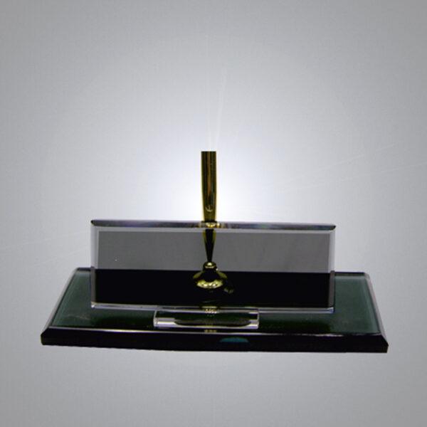 Kristal Masa İsimliği-M-134 1