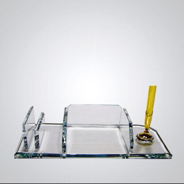 Kristal Masa İsimliği-M-135 1